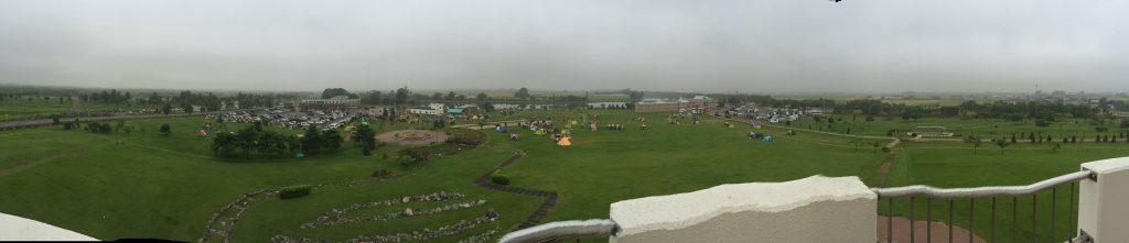 しのつ湖公園キャンプ場の展望台からの眺めパノラマ版。