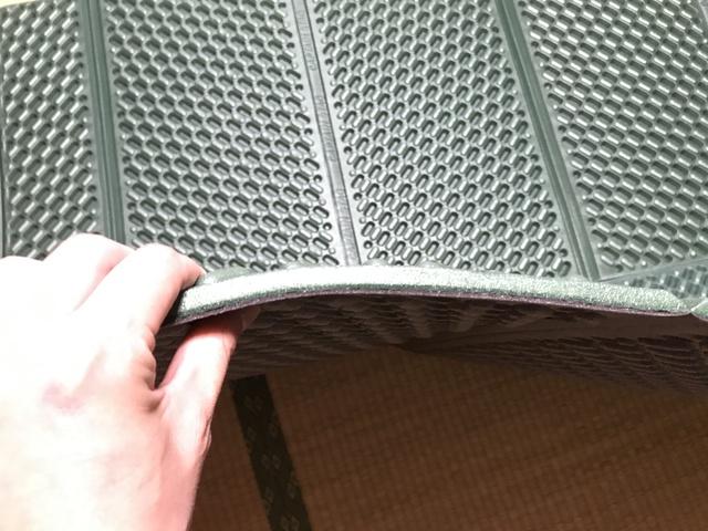 キャプテンスタッグ EVAフォームマットダブル 厚さは1.5センチ